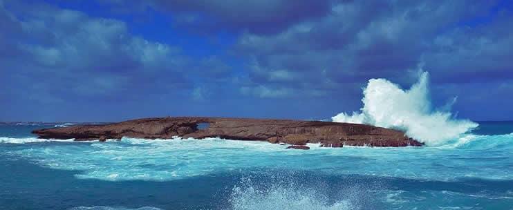 Hoku Hawaii Tours – 5 Star Circle Island Tour (H3)