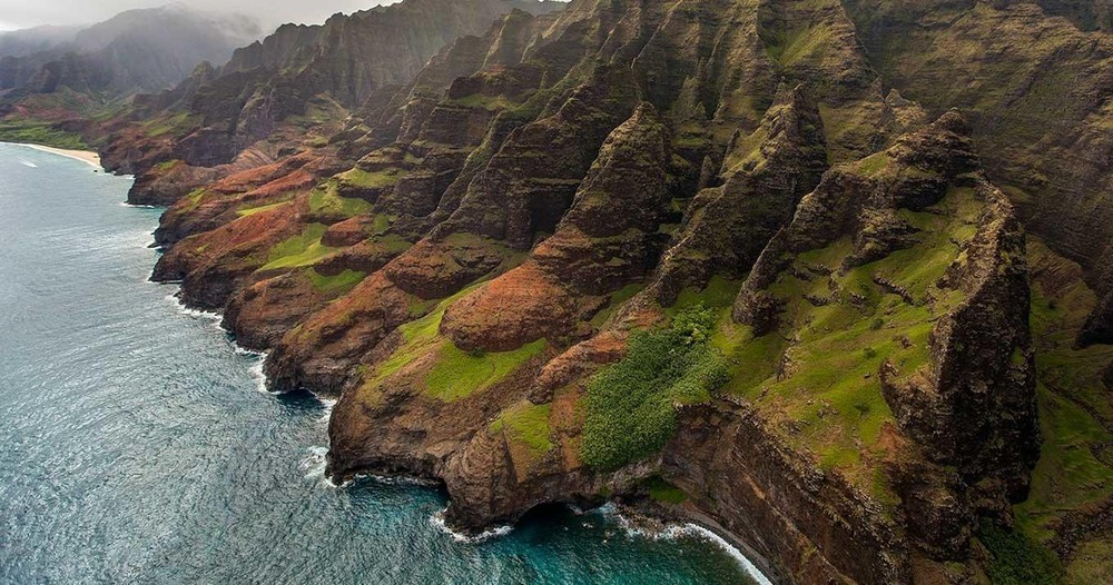 Kauai Helicopter Tour – Ali'i Air Tours and Charters